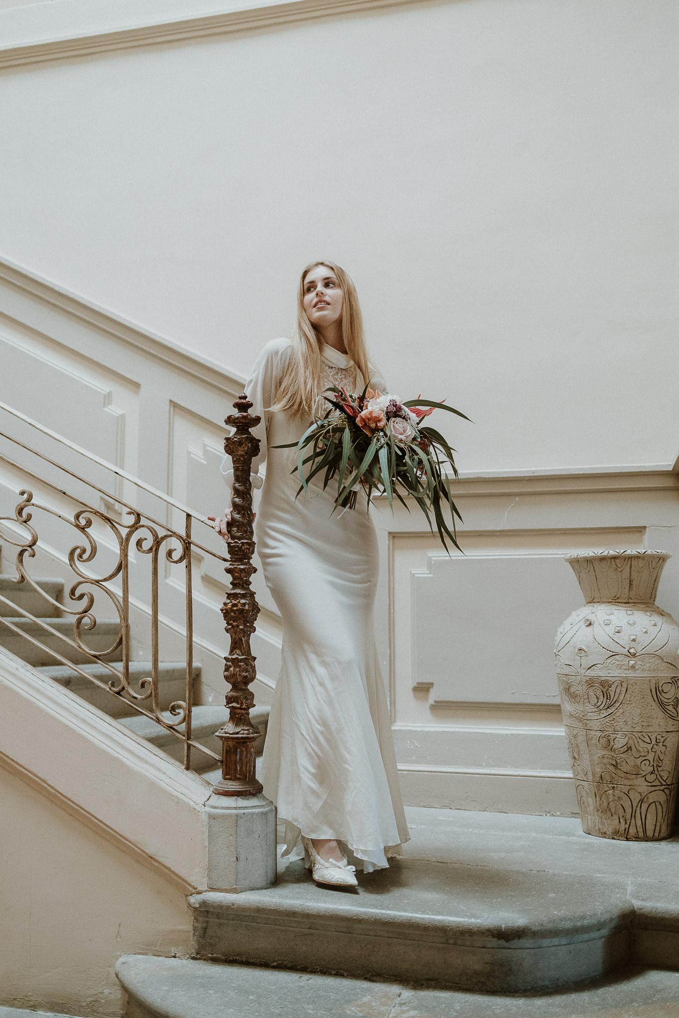 vestido de novia boho chic samsara, castell de caramany, bodas en girona