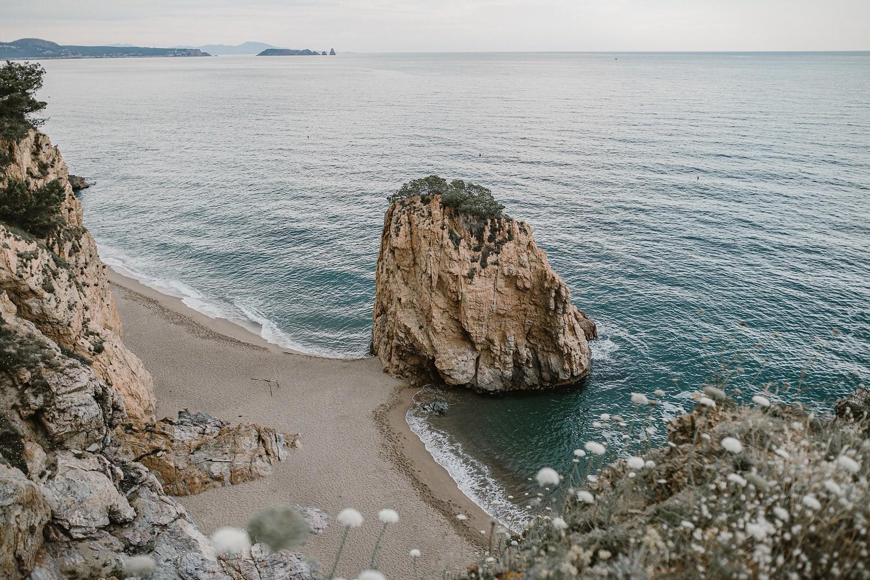 Costa Mediterránea, illa Roja, Begur, Vacaciones en la costa brava, mejores lugares de la costa brava, playas catalanas