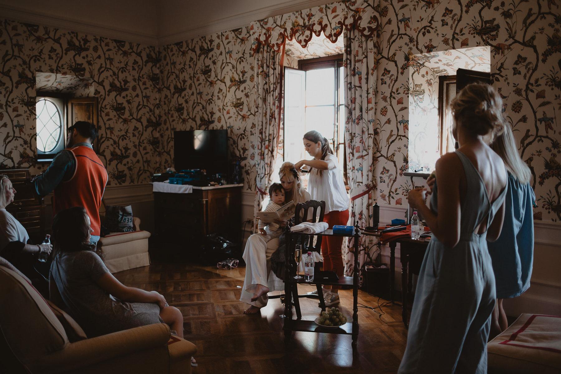 fotógrafos de bodas beto Perez girona, boda en Il Borro, tosacana Italia, casarse en una villa italiana, boda en florencia, bodas en la toscana, lamparas para cenas, ideas inspiracion de mesas para bodas, fotógrafo de bodas en Costa Brava