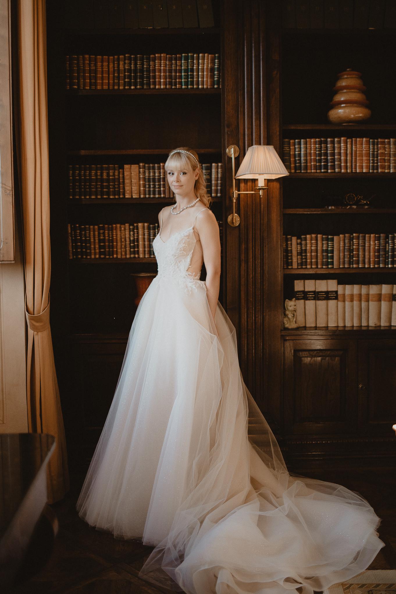 fotógrafo de bodas en Costa Brava, fotógrafos de bodas beto Perez girona, boda en Il Borro, tosacana Italia, casarse en una villa italiana, boda en florencia, bodas en la toscana, lamparas para cenas, ideas inspiracion de mesas para bodas